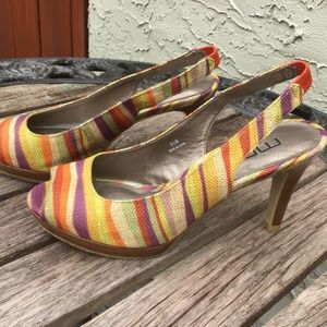 MODA SPANA SZ 6.5 M STRIPED HEELS